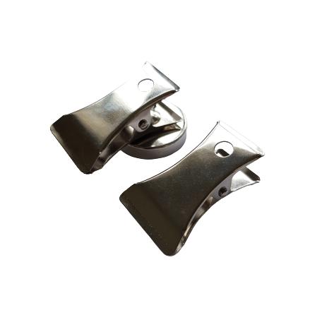 Metallklämma med magnet