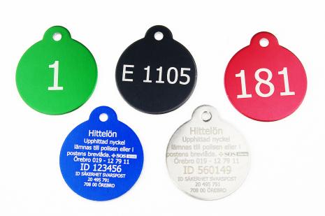 Nyckelbrickor med bevakning i aluminium och rostfritt stål 31 mm för offentliga verksamheter och företag